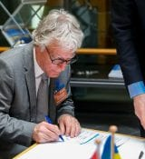 Van Gelderen of Saab Technologies during The Signing Of WaterwayTechHolland